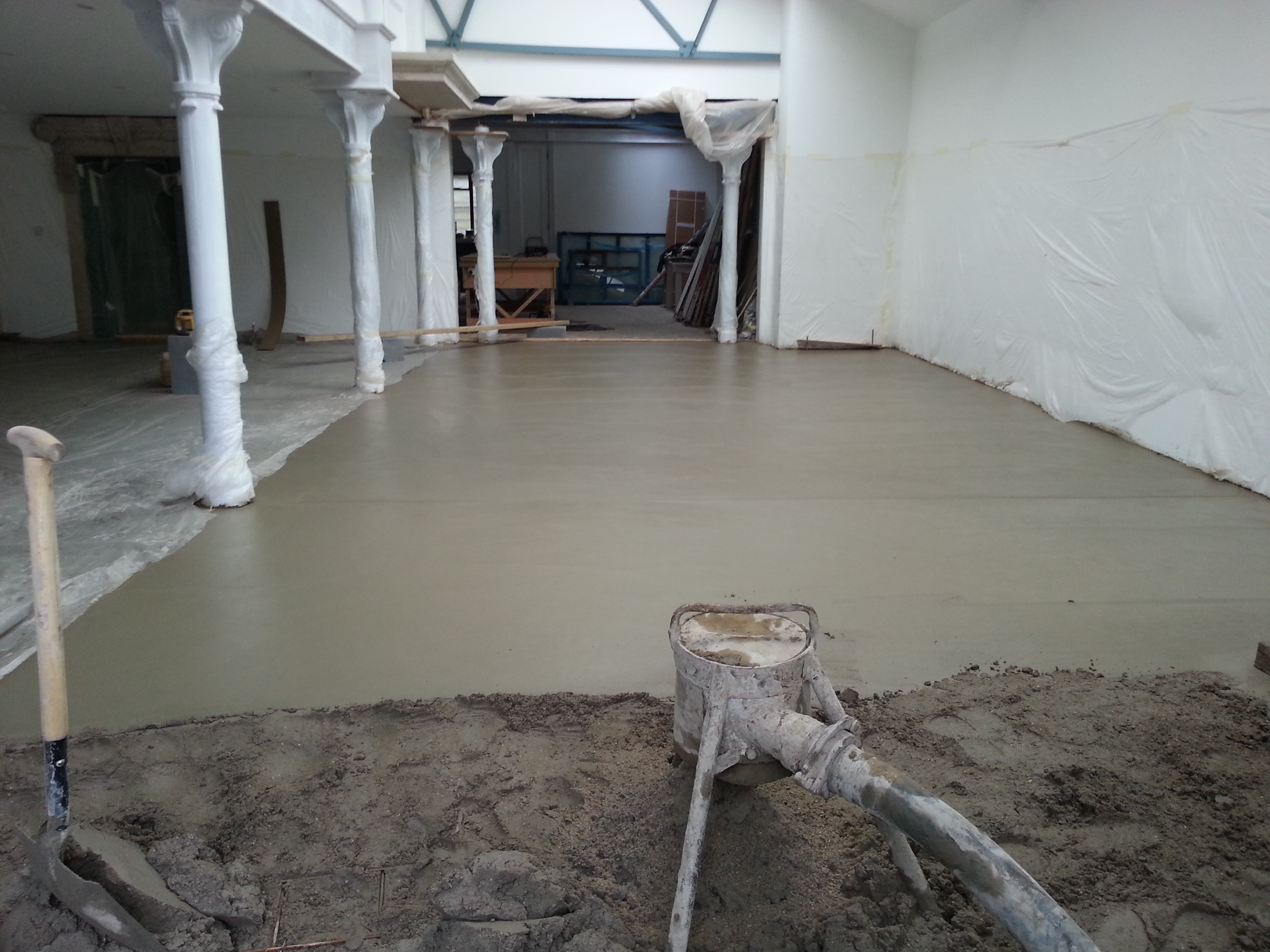 Screed and paint